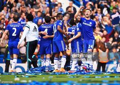 Jose Mourinho looks ready for battle as Chelsea boss sports a...: Jose Mourinho looks ready for battle as Chelsea boss sports a… #Chelsea