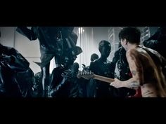 Biffy Clyro - Black Chandelier (Official Video) - Biffy Clyro are a Scottish rock band that formed in Kilmarnock, East Ayrshire, comprising Simon Neil, James Johnston and Ben Johnston. Rock Music, Live Music, My Music, Music Clips, Music Bands, Biffy Clyro Biblical, Biffy Clyro Black Chandelier, Simon Neil, Music