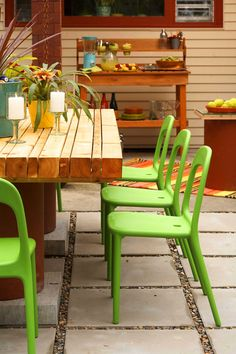 DIY patio table - need to get the measurements but we need! and outdoor table. I love the chairs from ikea too.