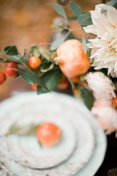 A completely gorgeous autumn wedding inspiration shoot filled with fall floral design and other seasonal wedding details. Fall Wedding Cakes, Fall Wedding Flowers, Autumn Wedding, Wedding Ideas, Wedding Details, Orange Wedding Colors, Fall Wedding Colors, Autumn Bride, Beautiful Table Settings