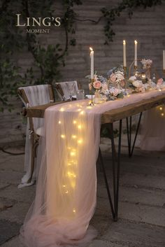 Perfect for wedding! This extra-long floating tulle table runner is romantic and garden-like.