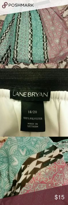 Lane Bryant midi skirt. Beautiful. Moving to Alaska Sale. All reasonable offers accepted.Pink, green black and white. Sheer fabric covering white shell. Lane Bryant Skirts Midi