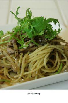 burdock and shiokara pasta