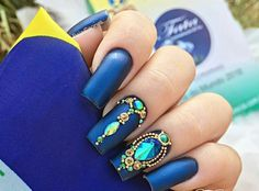 Ideas Nails Gel Polish Winter Sparkle For 2019 - - Gem Nails, Blue Nails, Nail Manicure, Gel Nail Polish, Sparkle Nails, Winter Nails 2019, Winter Nail Art, Uñas Fashion, Polka Dot Nails