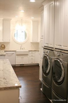 Fabulous Laundry room design ideas from @Remodelaholic (36 of 103)