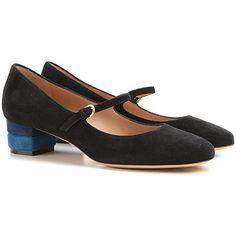 Salvatore Ferragamo, calzado de diseño clásico