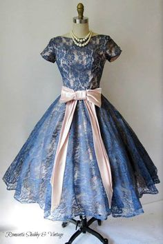 gorgeous blue lace, love the color- and hte sleeves highlight the fit of the bodice, and the seaming in the bodice is so flattering and pretty -- ~1950's Lace Dress~