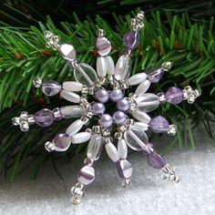 Vánoční hvězda - bílá/fialová VAN05