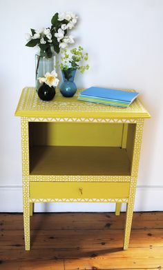 Sunny upcycled side cabinet with stencils  nicolettetabram.co.uk #stencils #nationalupcyclingday #paintedfurniture