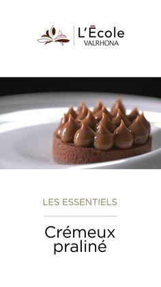 No Bake Desserts, Dessert Recipes, Chocolat Valrhona, Coffee Shop Menu, Cake & Co, Beignets, Cream Cake, Nom Nom, Deserts