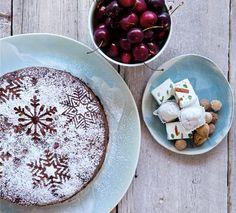 Annabel Langbein Miracle Three-Ingredient Christmas Cake Recipe