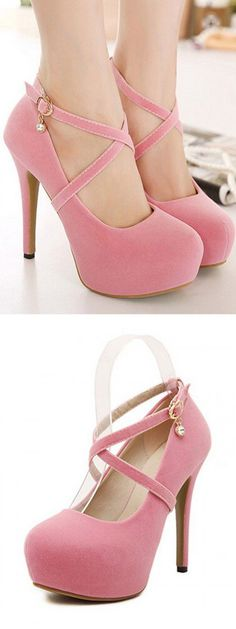 Its all about this pink heels Simple. Clean. Warm.Wonderful.