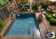 Swimming Pool Steps, Small Swimming Pools, Backyard Pool Designs, Small Backyard Patio, Backyard Ideas, Backyard Landscaping, Pool Ideas, Patio Ideas, Outdoor Ideas