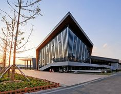 Galeria - Centro Cultural e Esportivo ZHOUSHI / UDG YangZheng Studio - 11
