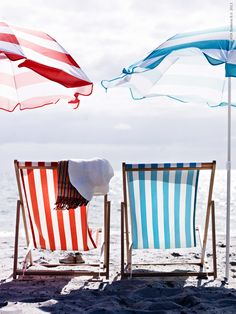 summer stripes, beach chairs and umbrellas I Love The Beach, Summer Of Love, Summer Colors, Hello Summer, Summer Breeze, Summer Vibes, Summer Sun, Summer Beach, Weekend Vibes