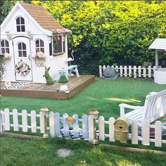Adorable Costco Playhouse Hack Ideas to Steal Costco Playhouse, Backyard Playhouse, Build A Playhouse, Backyard Playground, Backyard Patio, Kids Playhouse Plans, Playground Flooring, Children Playground, Backyard Games