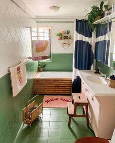 Interior - Modern and colourful bathroom style inspiration home and interior decor – Interior Bad Inspiration, Bathroom Inspiration, Bathroom Colors, Bathroom Ideas, Bathroom Inspo, Guys Bathroom, Bathroom Green, Family Bathroom, Design Bathroom