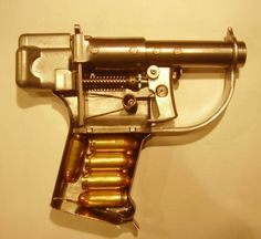 $480 Cut-Away Model :: FP-45 Liberator, WWII :: intended recipients, irregulars and resistance ...Concept Being: Shoot a Nazi with the disposable gun & take -their- gun, or assassinate a Nazi... fightershttp://vintageordnance.homestead.com/files/FP45Photos/AdvancedStudyModel/Enhanced_FP-45_Liberator_Study_Model_1.JPG
