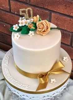 Golden Wedding - cake by Lorraine Yarnold 25th Wedding Anniversary Cakes, Anniversary Cake Designs, Wedding Cakes, Cake Decorating With Fondant, Mom Cake, Watercolor Cake, Savoury Cake, Celebration Cakes, Themed Cakes