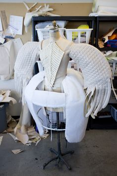 Behind the scenes look at the AMAZING wardrobe designed by Eiko Ishioka for…