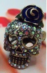 Betsey Johnson Betsey the Vampire Slayer Rhinestone Skull Ring NEW