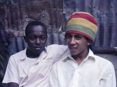 Bob Marley was named Nesta Robert at birth and nicknamed 'Tuff Gong' as a teenager for his ability to defend himself in Jamaica's Trenchtown ghetto. Bob Marley Legend, Reggae Bob Marley, Marley Fest, Peter Tosh, Neymar E Cristiano Ronaldo, Bob Marley Biography, Fotos Do Bob Marley, Michael Jackson, Beatles