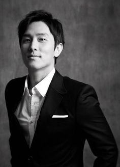 Shinhwa's Dongwan sells out tickets for 'Le Passe Muraille' musical in 10 minutes | allkpop.com