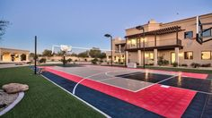 Sarah Palin Gets $2.3M for Tuscan-Style 6-Bed in Arizona