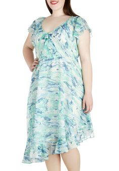Hopes and Streams Dress in Plus Size, 30th Birthday Dresses, Birthday Outfit For Teens, Birthday Girl Dress, Birthday Party Outfits, Outfits For Teens, Plus Size Outfits, Happy Birthday, Unique Dresses, Modest Dresses