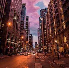 Magnificent shot of downtown Montreal! ✨👌🏻 / magnifique photo du centre ville…