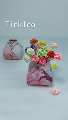 DIY Fingertip Paper Flower Basket Decoration - Diy and crafts interests Paper Flowers Craft, Paper Crafts Origami, Easy Paper Crafts, Flower Crafts, Paper Crafting, Origami Gifts, Flower Paper, Origami Box, Oragami