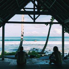 @barefoot_surf_travel X @ouisurf #inparadise