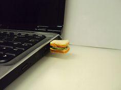 Sandwich USB by S.Small Idea, polymer clay.
