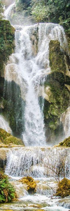 Una maravillosa cascada de varios niveles que está a unos 30 kilómetros de Luang Prabang. El impresionante Kuang Si Falls.