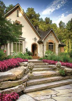 Detroit Home Magazine - Detroit Home Design Awards 2014 - Exteriors Outdoor Steps, Outdoor Landscaping, Landscaping Design, Country House Design, French Country House, Flagstone Walkway, Gravel Driveway, Lawn And Landscape, Landscape Steps