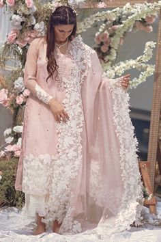 This pure organza shirt has an intricately handworked neckline and embroidered borders on shirt and sleeves. It is further embellished with sheesha spray and can be paired with the beautiful complimenting ourhnee Pakistani Fashion Casual, Pakistani Dresses Casual, Pakistani Dress Design, Pakistani Kurta Designs, Pakistani Designer Suits, Pakistani Clothing, Pakistani Bridal Wear, Indian Bridal, Indian Attire