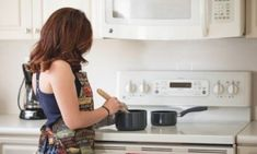 Are you sick of cooking the same lackluster meals repeatedly for your kids? here are tips to make the cooking game more easy and interesting.