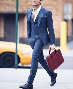 Go to gym after work and diminish your work stress // urban men // suit // mens fashion // boys // city life // leather bags //