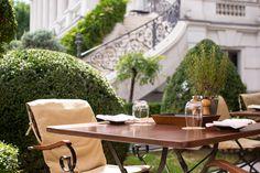 Kaiserlicher Gastgarten in Wien  www.viennafashionwaltz.com Mittagessen Clementine Palais Coburg (73 von 78)