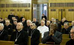 Primo giorno di esercizi spirituali per Papa Francesco e la curia