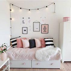 ピンク色で女性らしいインテリアにしてみませんか♪雑貨や配色で取り入れるアイディア15選 | folk