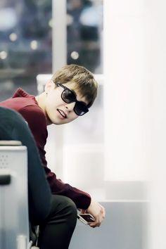 "Exo - Xiumin ""Peek-a-boo I see you."""