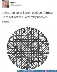 Tilt your phone and look from the charger hole - iFunny :) Funny Mind Tricks, Funny Jokes, Hilarious, Old Memes, Fresh Memes, Optical Illusions, Mind Blown, Popular Memes, Laugh Out Loud