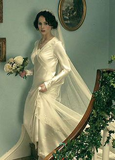 The 2012 movie Cheerful Weather for the Wedding isn't exactly a romantic-comedy, but it has lovely costumes. Movie Wedding Dresses, Wedding Frocks, Wedding Movies, 1930s Fashion, Vintage Fashion, Kate Middleton, Silk Taffeta, Here Comes The Bride, Bollywood Fashion