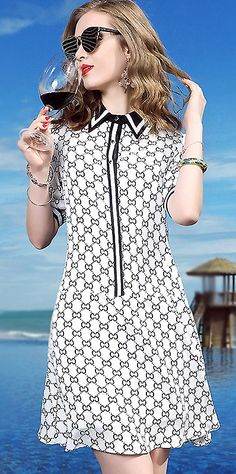 Fashion Turn Down Collar Print Shift Dress