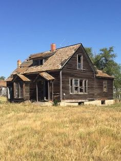 All Over The World, All Pictures, Abandoned, Cabin, House Styles, Home Decor, Left Out, Decoration Home, Room Decor