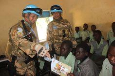 Pasukan Garuda Bantu Baju Muslim dan Al-Quran untuk Madrasah di Sudan – PORTAL BUANA