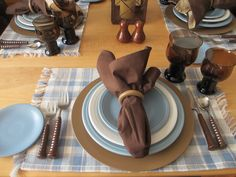 Casual Winter table using Fiestaware Table Manners, Winter Table, Hot Toddy, Casual Winter, Tablescapes, A Table, Blues, Meals, Table Scapes