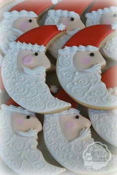 Christmas cookies Repinned By:#TheCookieCutterCompany