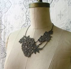 stella lace necklace (muted olive)